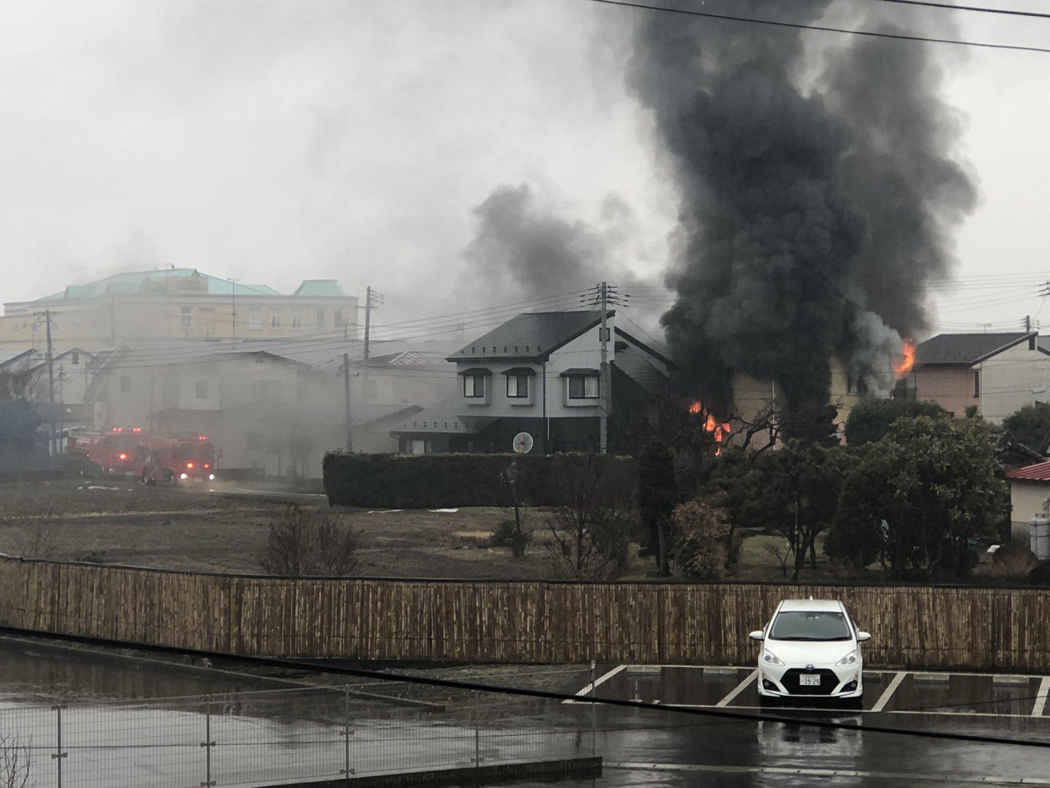 大崎市古川諏訪の住宅で大火事が起きている画像