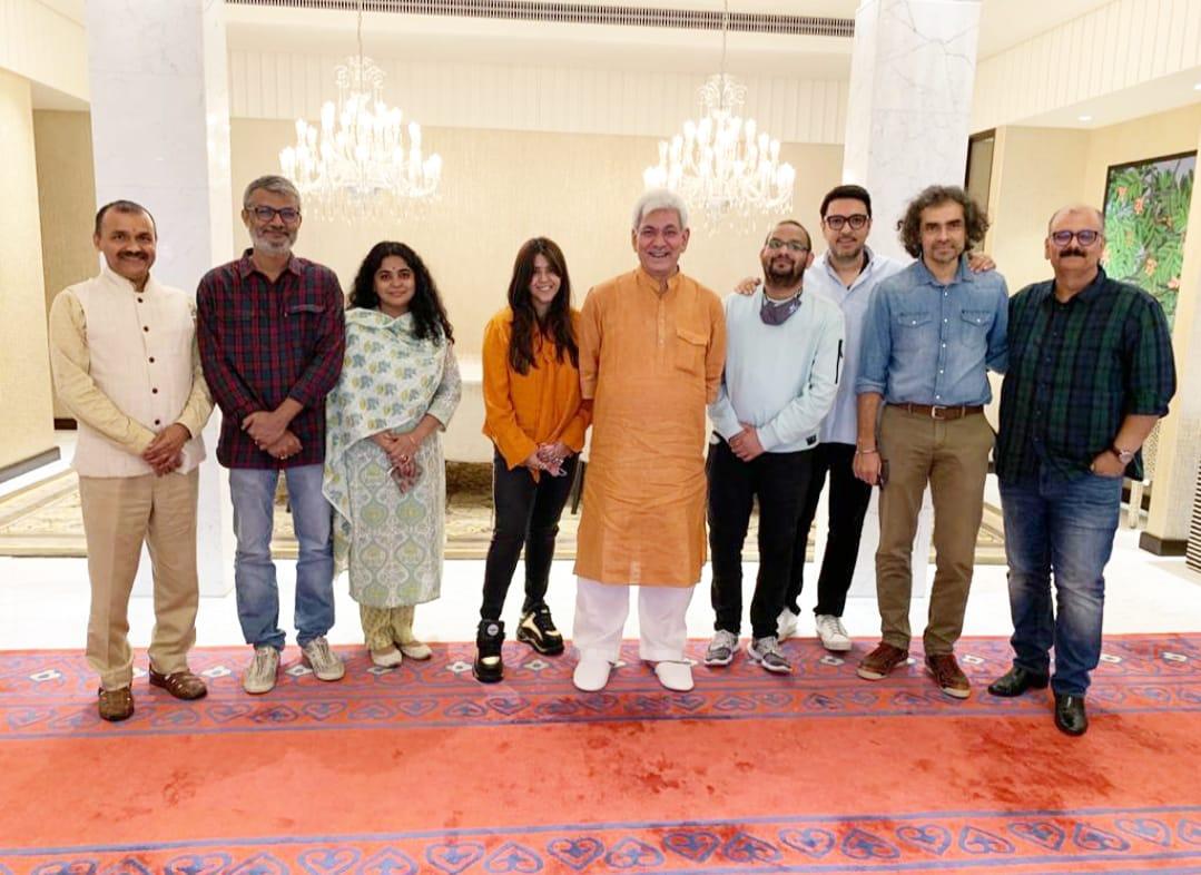 REVIVING FILM SHOOTS IN #JAMMU & #KASHMIR... A delegation of film-makers - led by #MahaveerJain - called on Hon Lieutenant Governor of #JammuAndKashmir Shri #ManojSinha ji and Shri #NitishwarKumar ji [Principal Secretary to LG, J&K] for reviving film shoots in #JandK...