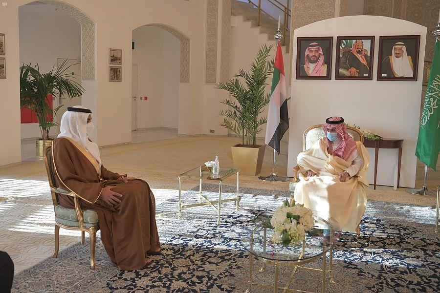 السعودية تمنح شخبوط بن نهيان وشاح الملك عبدالعزيز من الطبقة الثانية البيان القارئ دائما