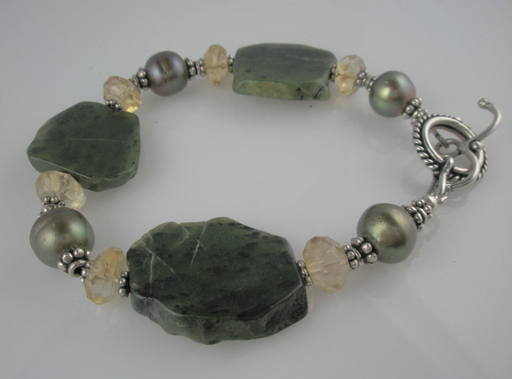 Green Jade and Gold  #Stoneberri #Etsy #GreenAndYellow