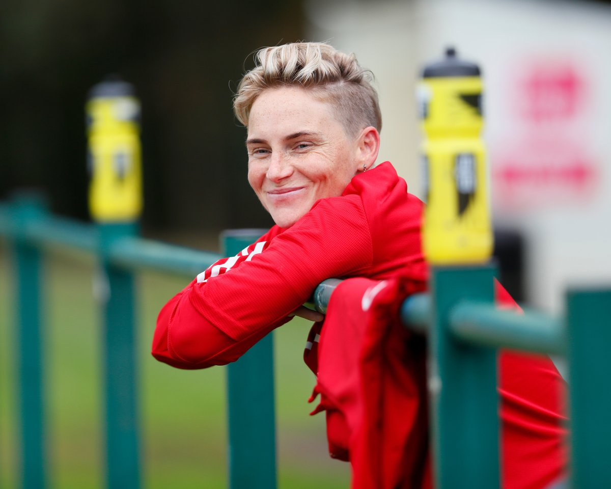 """🏳️🌈 @Cymru's most capped player @JessFishlock will be a special guest on tonight's @theWPWL player zone.  🗣 """"Being a better LGBTQ+ Ally""""  19:30. Register below.    #BeFootball   #TogetherStronger"""