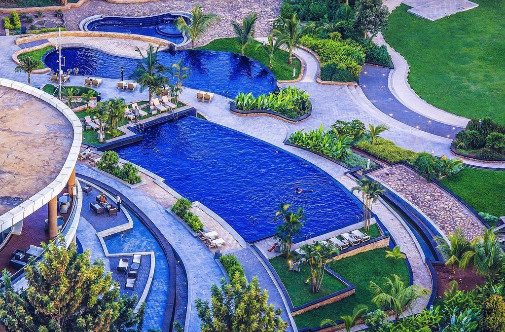 Replying to @AfricaFactsZone: Pearl of Africa Hotel in Kampala, Uganda was built at a total cost of $300 million.