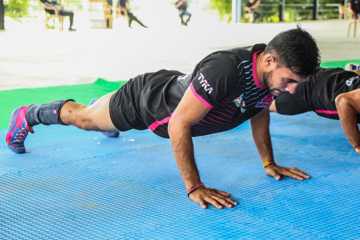 Keep training and keep learning until you get it right!  #TuesdayTraining #PantherSquad #JaiHanuman #TopCats #JaipurPinkPanthers #JPP #Jaipur #vivoprokabaddi