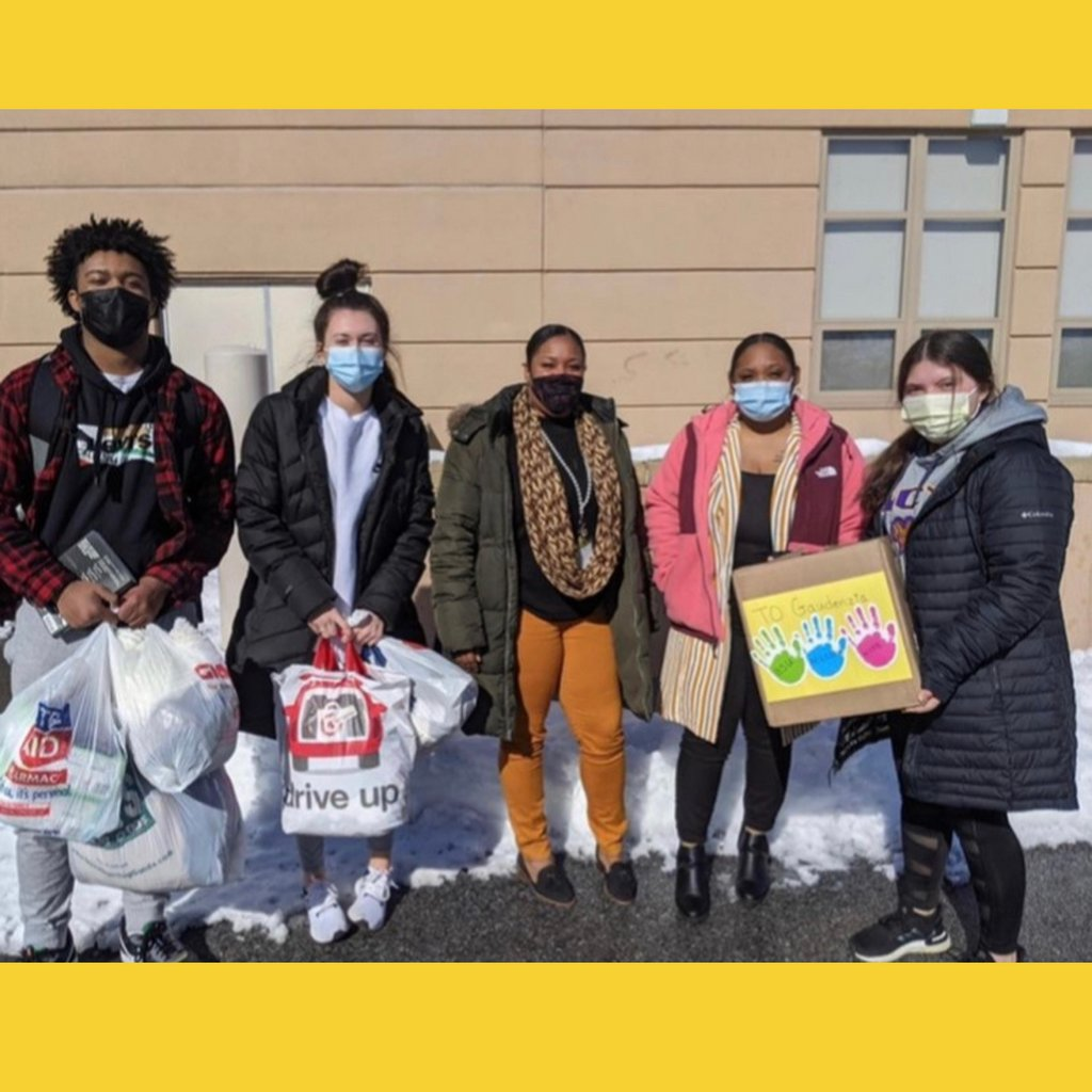 S/O to Aevidum at Downingtown East HS for hosting a drive to collect diapers, wipes, and clothes to support mothers and children at Gaudenzia in honor of MLK Day of Service!  #aevidum #gotyourback #mentalhealth #suicideprevention #endthestigma #schoolculture #mlkdayofservice