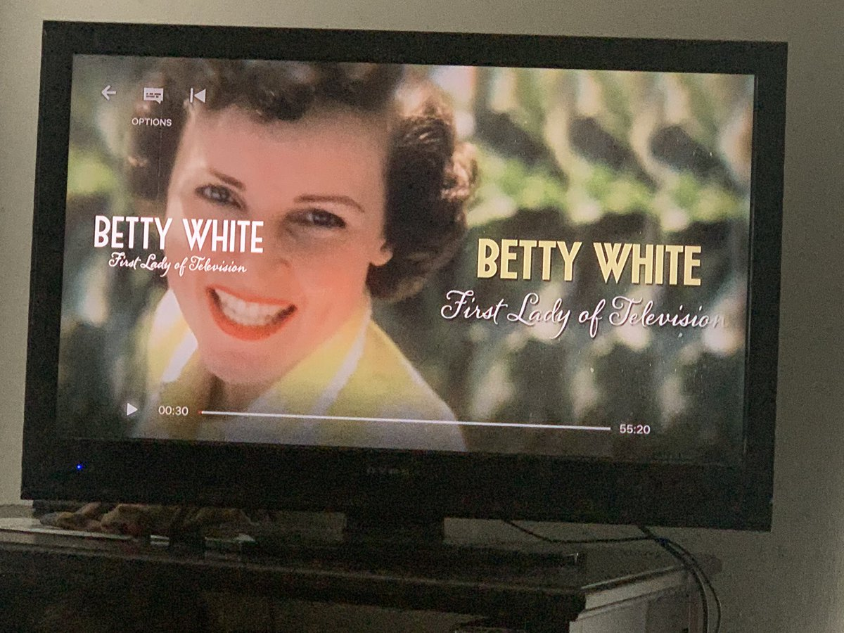 I can't think of a better documentary to watch while I recover from surgery. 👏🏻👏🏻👏🏻 #bettywhite #Americantreasure