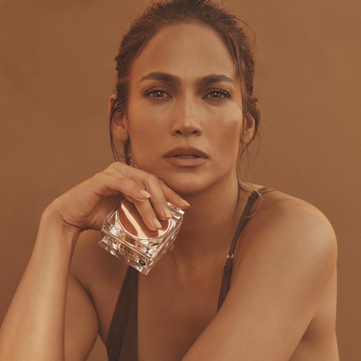 """""""Healthy, radiant skin starts with SPF."""" - @jlo  And that right there is a FACT. 👏 Your morning skincare routine isn't complete without THAT BIG SCREEN SPF 30 Moisturizer. Shop #JLOBEAUTY:"""