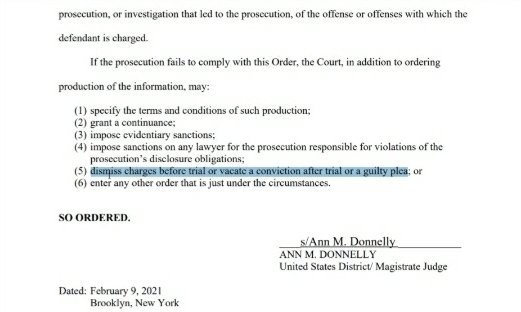 Prosecution has been ordered to turn over ALL evidence. This helps R Kelly in multiple ways. If they fail to comply... Charges could be DROPPED  #UseYourCOMMONsense #NothingOnHim