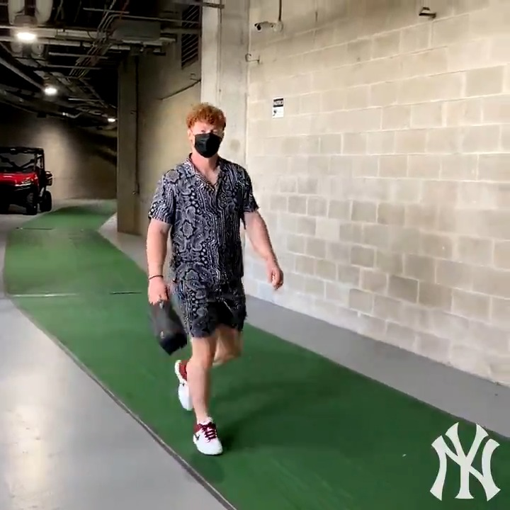 Replying to @YankeeOnTheRoad: Yankees: Feelin' good for photo day 😎 @clintfrazier