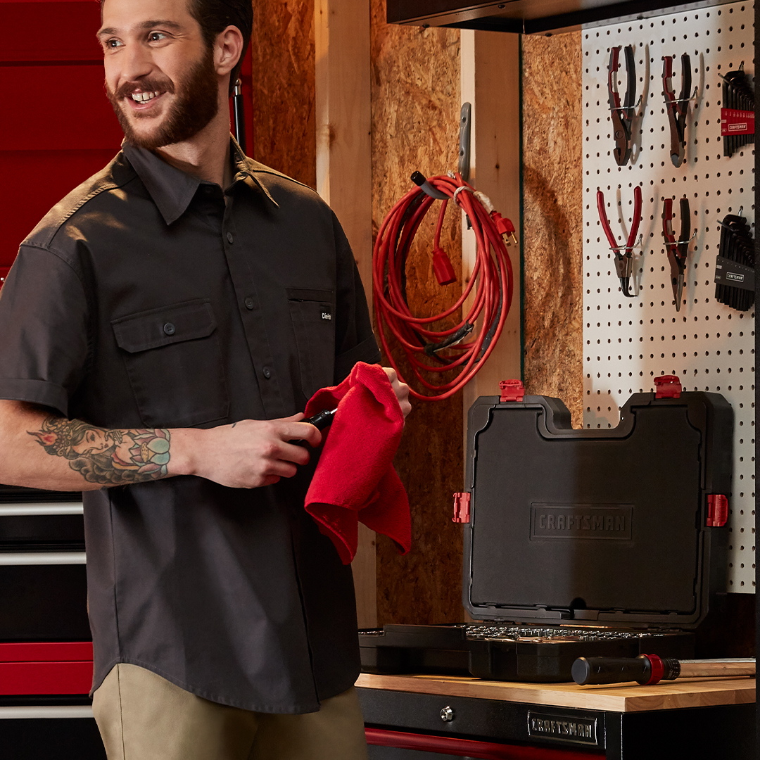 Hey there! NICE mechanic's tool set. Did you get that for UP TO 50% OFF at Sears? ⚙️ Tap now to check it out. https://t.co/cqCQ05R4oo https://t.co/KWuJwT6DPO
