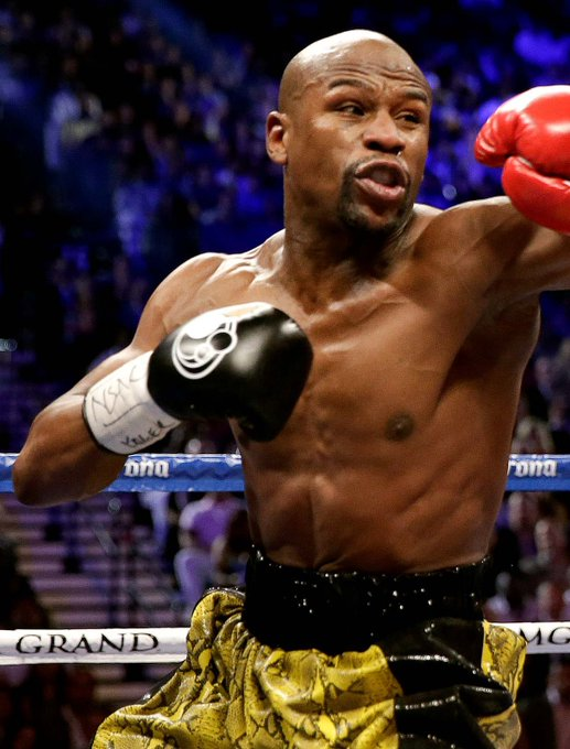 7 Kings Casino & Sportsbook wishes Floyd Mayweather Jr a Happy 44th Birthday!