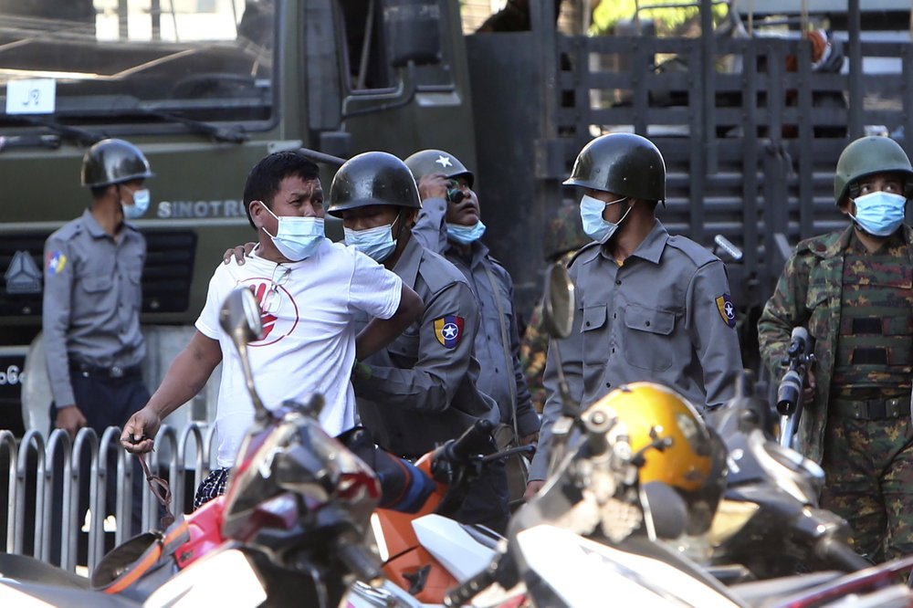 """As Myanmar's junta takes people """"from their homes in the middle of the night"""" or grabs them """"off the streets during protests,"""" some 696 people have been arrested (according to @aapp_burma) """"including monks, writers, activists, politicians and others."""" https://t.co/lBIzCbMbZm https://t.co/HX7e6jm6TK"""