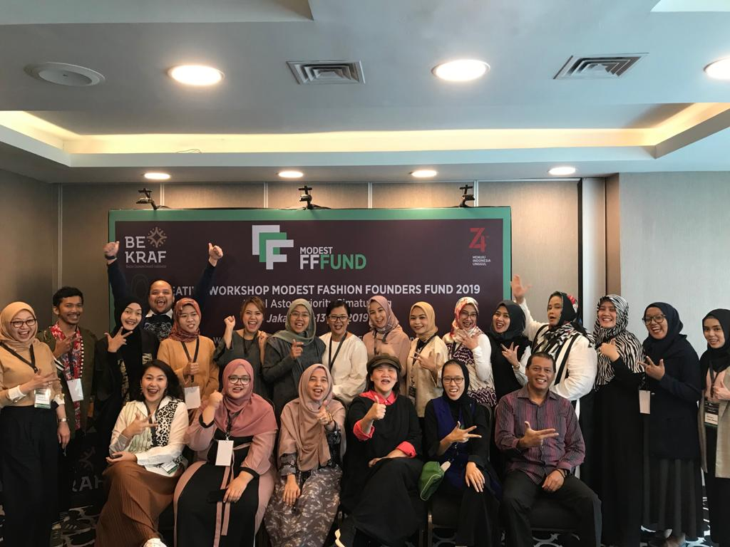 The second cohort of businesses participating in Indonesia's Modest Fashion Founders Fund incubator will have access to more investors beyond banks. https://t.co/ykMAZn6E15 https://t.co/6CEgEvqNS0