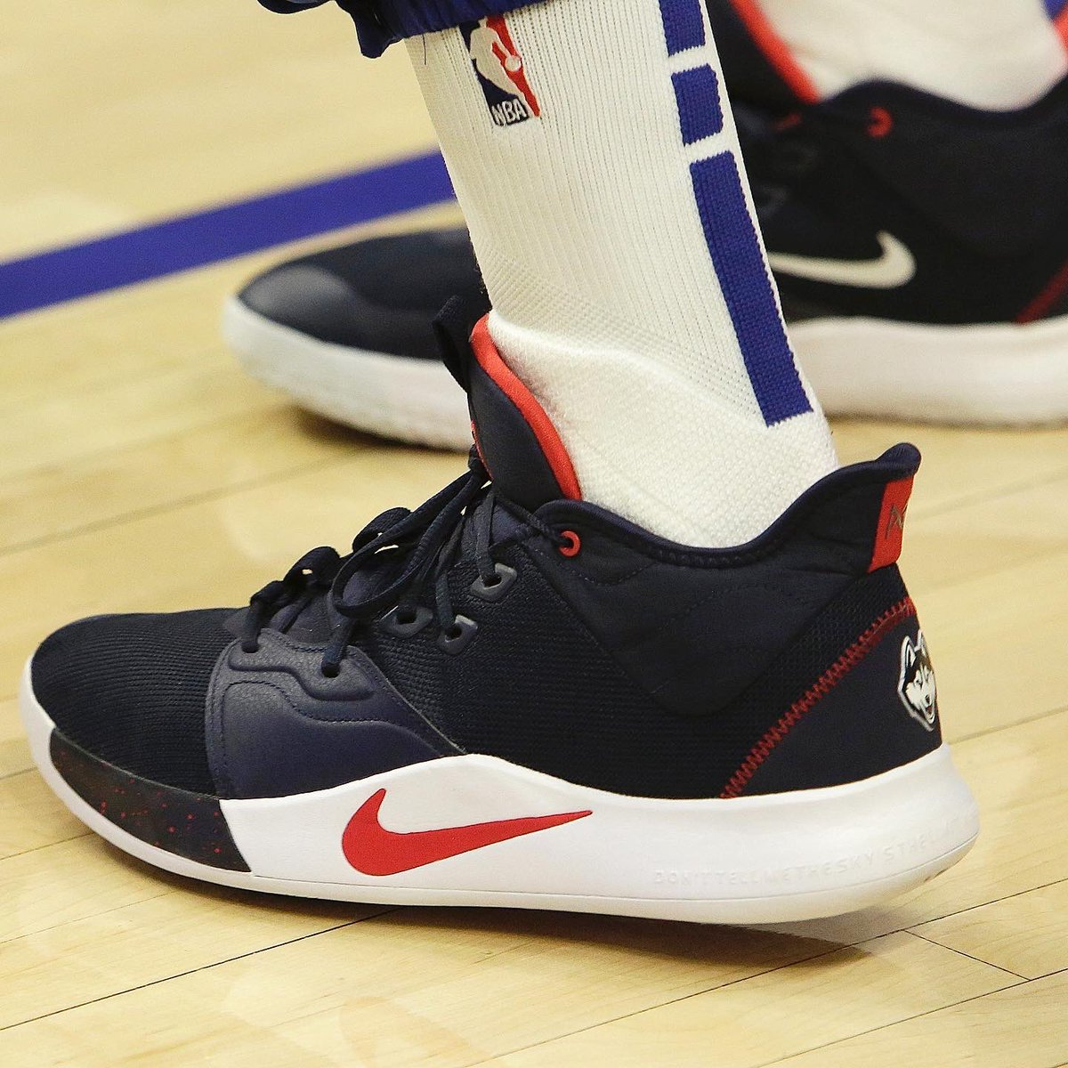 Paul George warmed up, and hooped in the UCONN Nike PG 3 PE home and away #NBAKicks