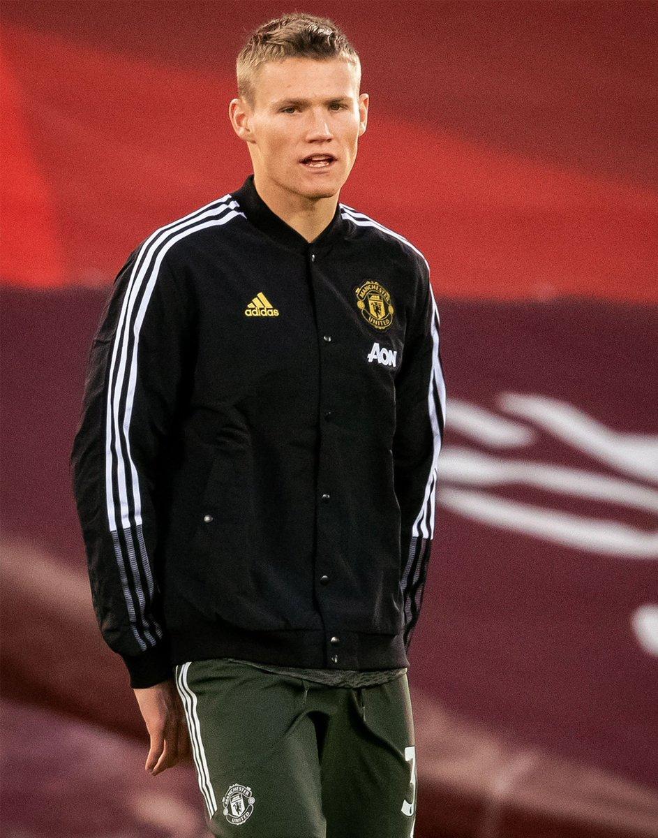 - @mctominay10 ⚫️ #LIVMUN #MUFC !