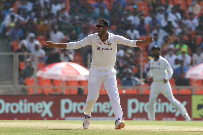 'Bizarre': Spin dominates as India thrash England in 4th Test Photo