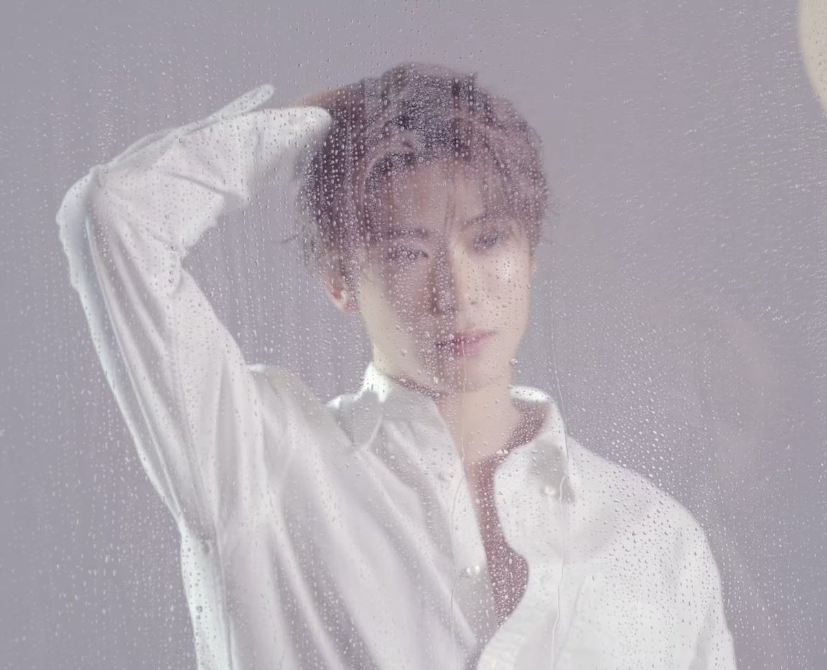 Replying to @mochiejisung: Wet look Jaeyong is so sexy 🔥