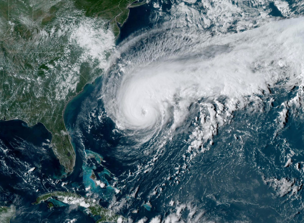 Latest collaborative research finds increasing hurricane intensity around Bermuda linked to rising ocean temperatures, read all about it noc.ac.uk/news/increasin… NOC, @OceanEarthUoS and @metoffice, @BIOSstation & Bermuda Weather Service 📷 NOAA/Handout via Reuters