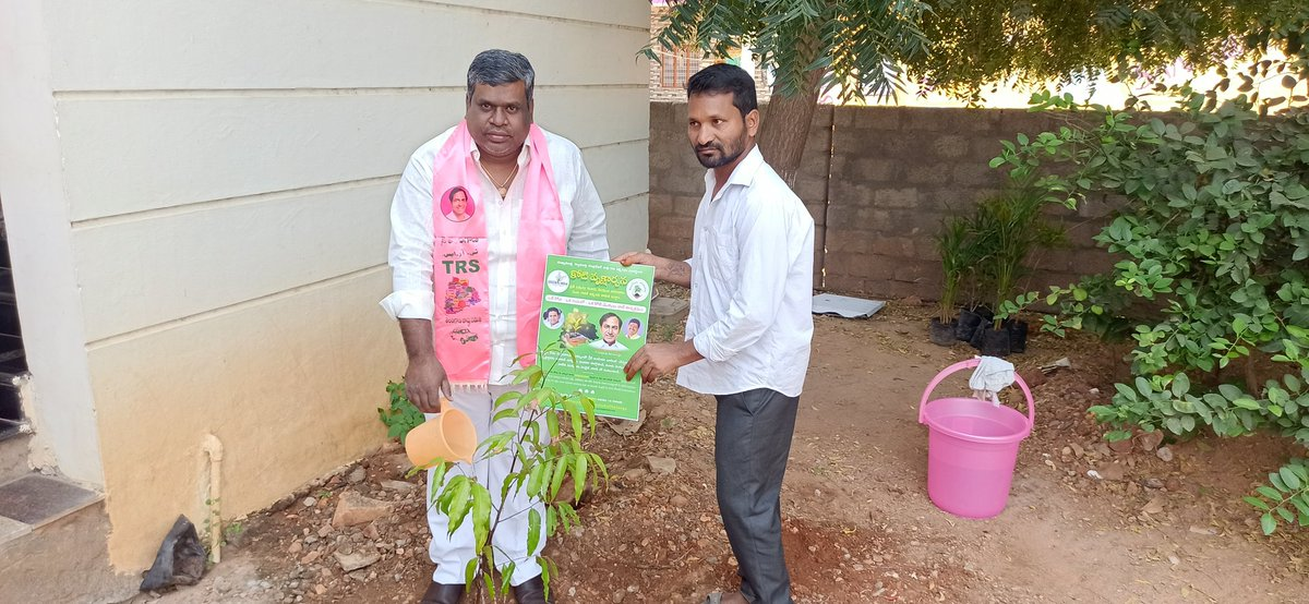On the occasion of Hon'ble CM Sri KCR garu, planted a sapling as part of #KotiVriksharchana..  #happybirthdaycmkcr