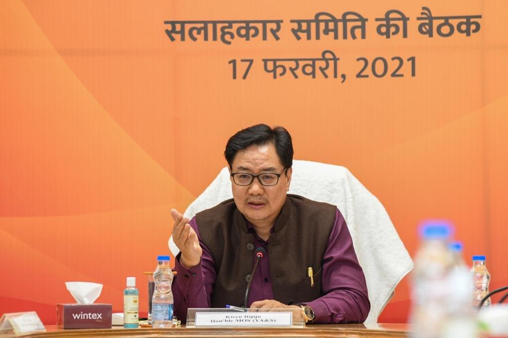 Minister of Sports @Kirenrijiju chaired the meeting of National Advisory Committee on #FITIndiaMovement. We thank all the ambassadors and fitness icons for participating and sharing their vision towards FIT India. #NewIndiaFitIndia