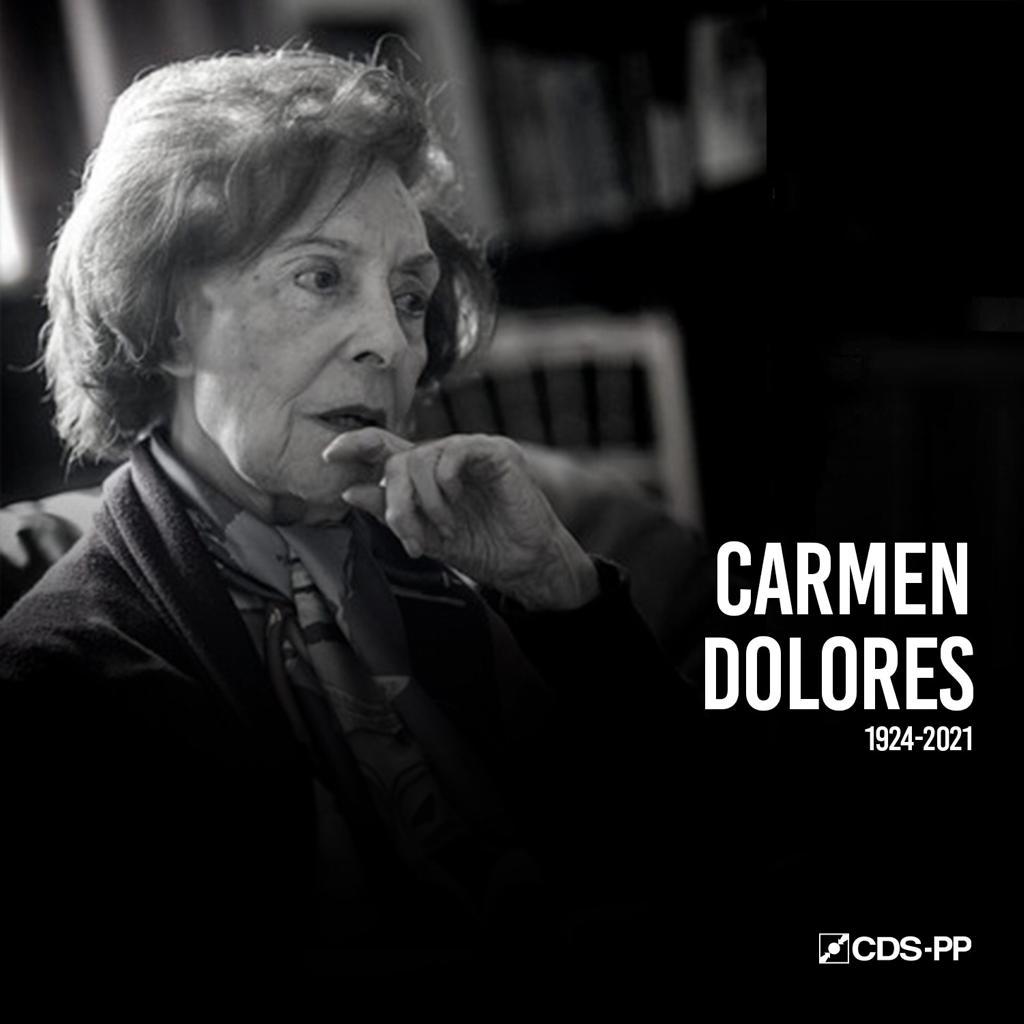 """""""O CDS lamenta profundamente a morte de Carmen Dolores, figura notável da cultura Portuguesa. Dona de uma voz inconfundível e de um talento ímpar, Carmen Dolores interpretou como ninguém os maiores vultos da literatura nacional e internacional(...)"""