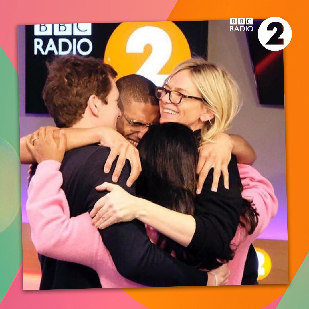 Vanessa has been talking about how were all missing a hug at the moment so here is @ZoeTheBall and team giving you a virtual hug. 