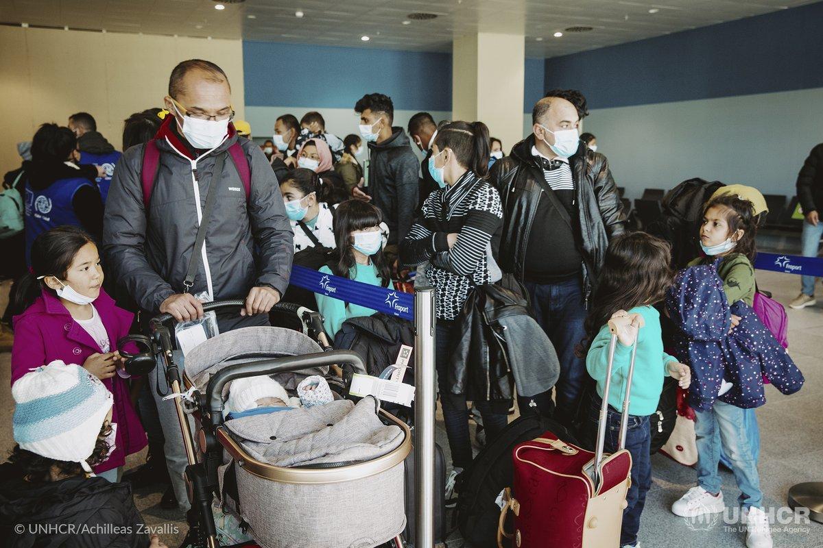 DE hat weitere 116 Geflüchtete aus Griechenland aufgenommen. Wir begrüßen die Aufnahme sehr, fänden es angesichts der katastrophalen Situation jedoch angebracht, zudem die angebotenen Landesaufnahmeprogramme zu nutzen.Als gutes Vorbild für die EU-Staaten.