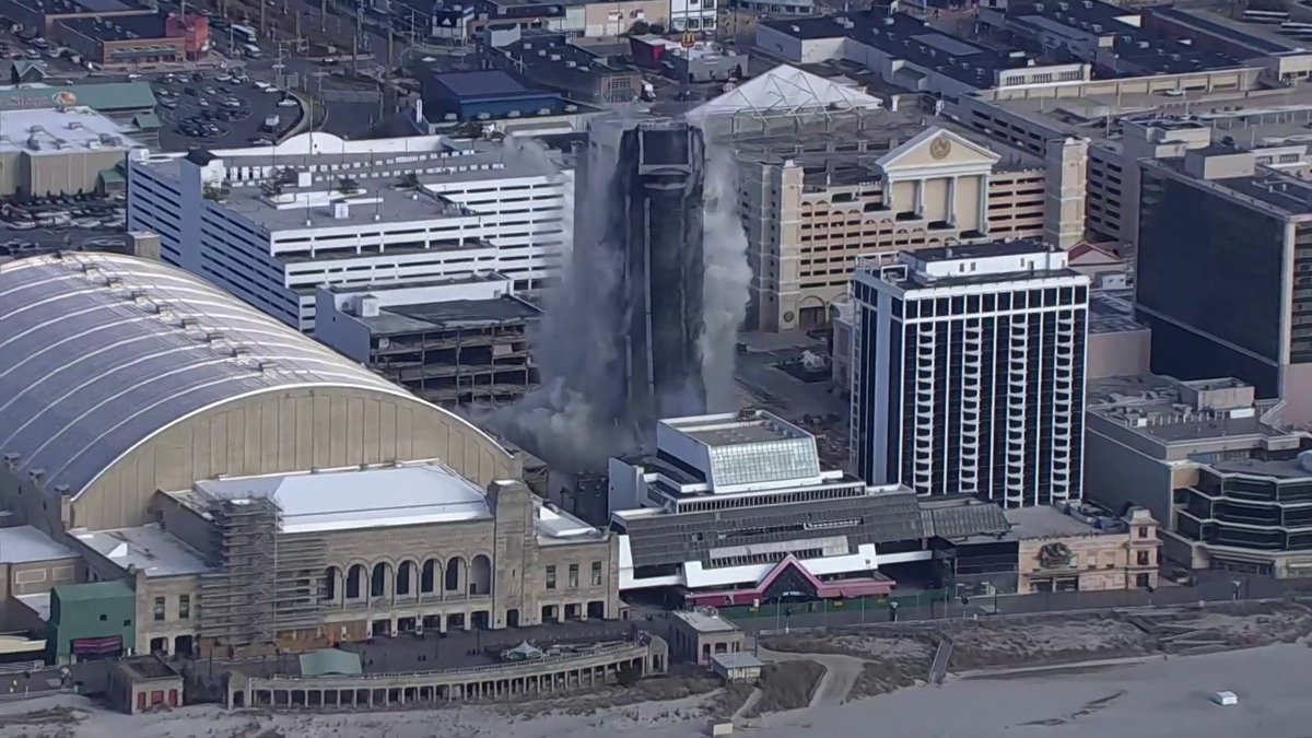 Replying to @johnkruzel: Aaaaaand boom goes the dynamite...Trump Plaza Hotel and Casino imploded in Atlantic City, NJ