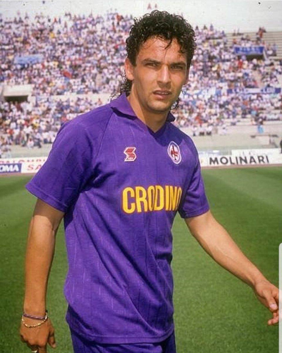 Roberto Baggio en una previa de partido con la Fiorentina. Fuente: ACF Fiorentina twitter