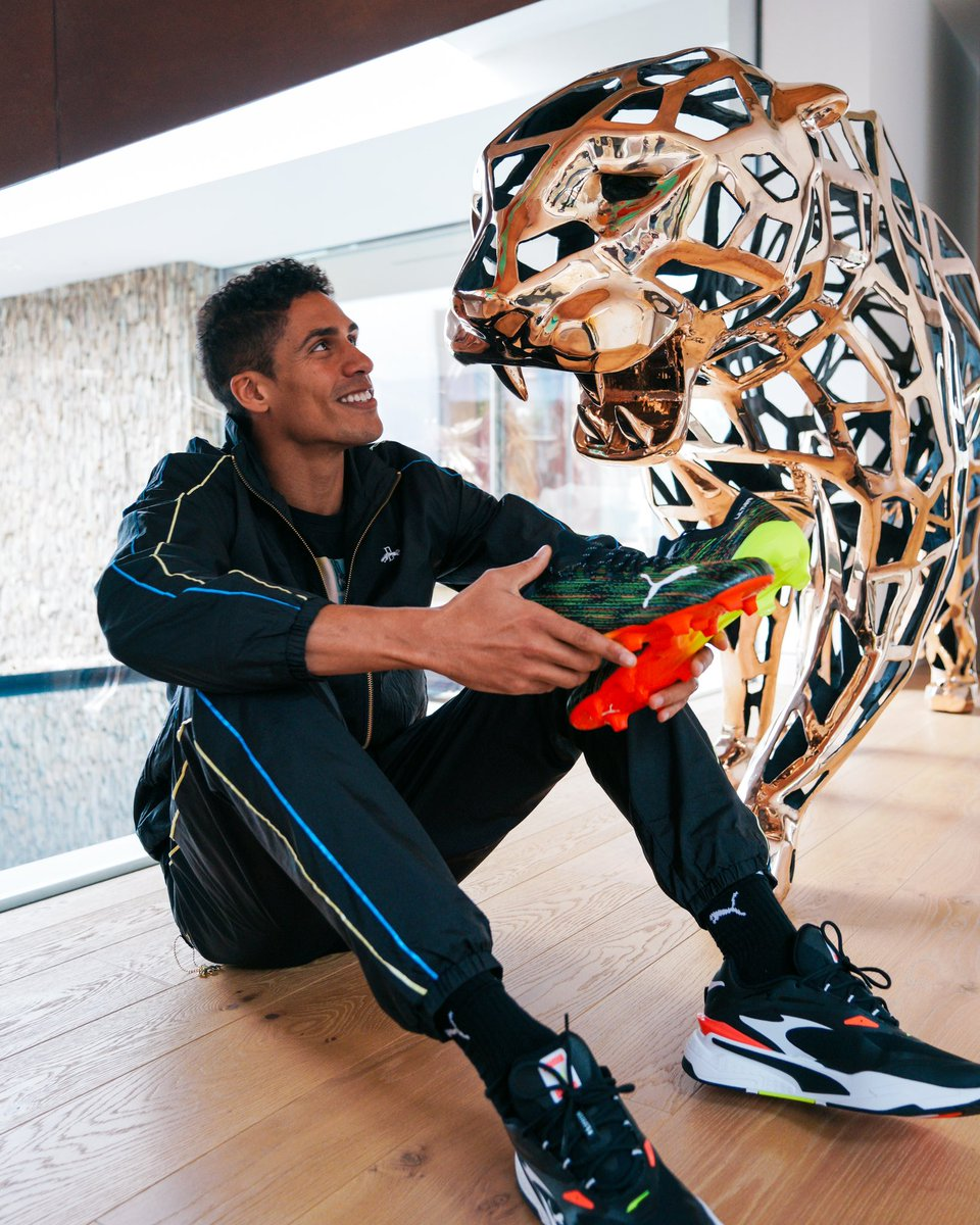 Meeting my very own PUMA 🐾 Extremely happy to join the @pumafootball family, great things to come soon!