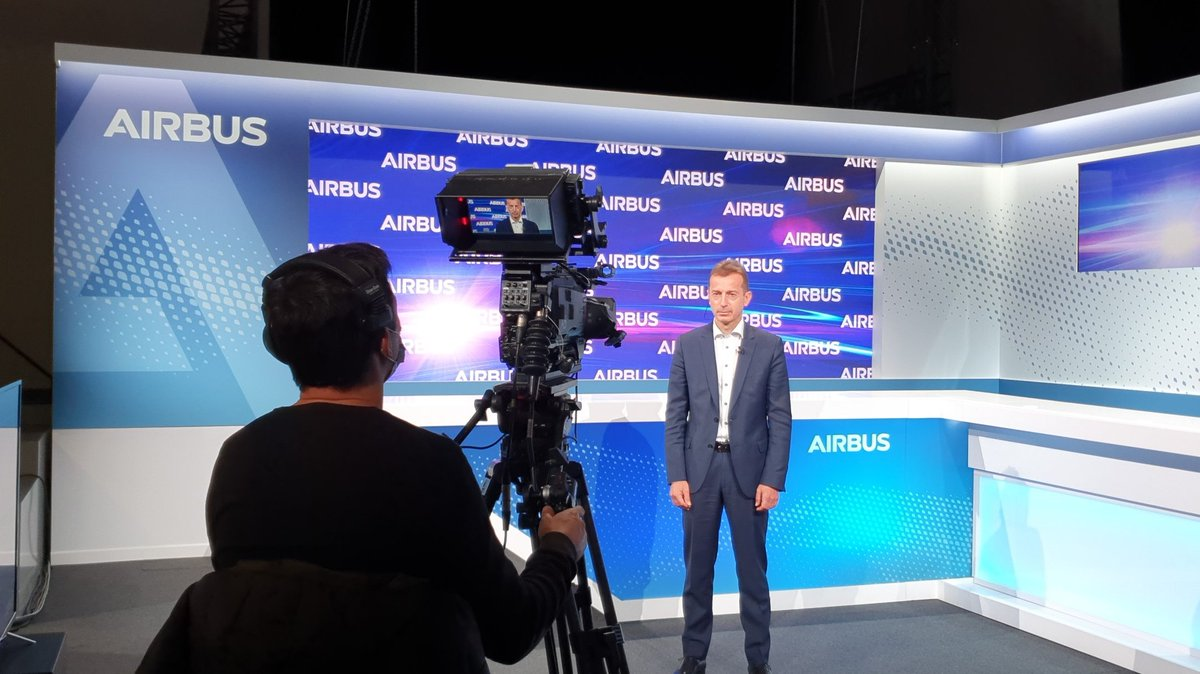 Live from the event centre in Toulouse with @GuyJohnsonTV @business #AirbusResults Guillaume Faury on delivery outlook, market demand and industrial footprint. https://t.co/YZpc2X7w0h