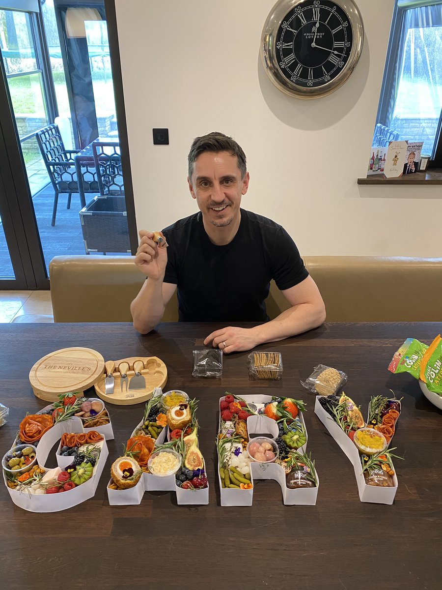 Massive Happy Birthday to @GNev2 Hope you have a fantastic day! You don't look a day over 45 😉 Lots of love from everyone at The Mouse Trap!