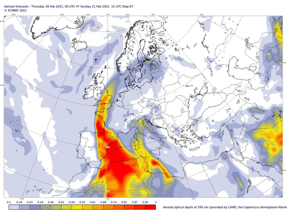 Could be some stunning sunrises/sunsets in the next few days as dust whipped up from the Sahara drifts northwards over the UK. Cameras ready! 📸
