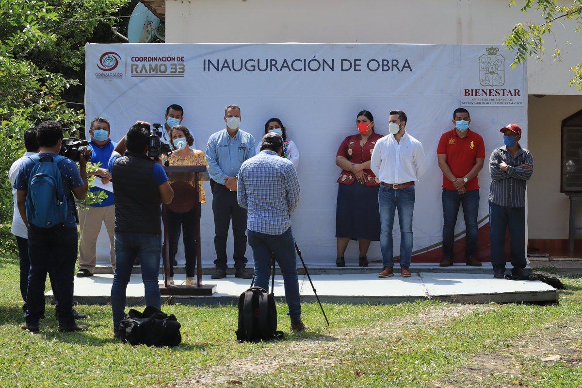 Con una inversión de $5,772,683.81, se hizo la rehabilitación del pavimento con mezcla asfáltica, en el poblado Miguel Hidalgo del municipio de Comalcalco. https://t.co/zA6OqOj8Er