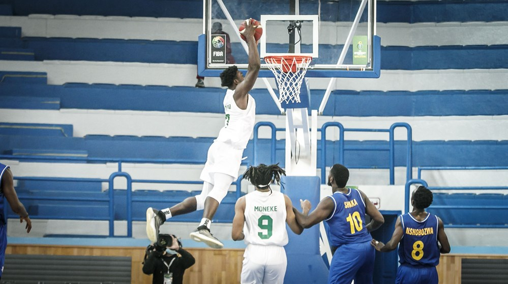 @nbbfonline's photo on Dunks