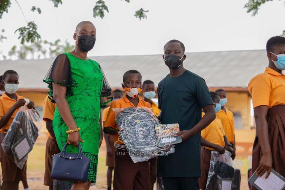 "Ashanti Kingdom: ManhyiaPalace ""The Foundation is improving the lives of Ghanaians by implementing the values, and vision of Otumfuo Osei Tutu II through education, healthcare, technology, and water and sanitation. "" #Exploregh #Ashanti #Kumasi #VisitKumasi"
