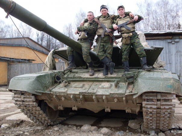 The T-80s future in the Russian Army - Page 13 EuhRXkAWYAEuLXx?format=jpg&name=small