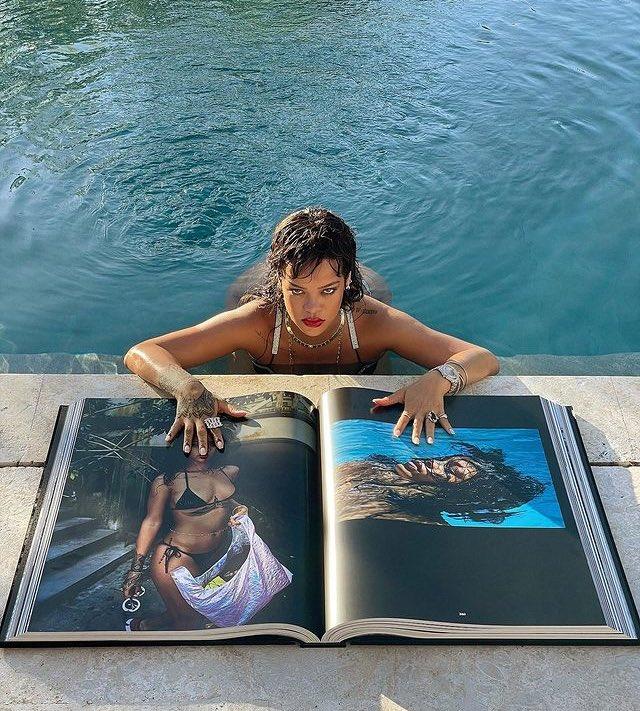 """""""Ler é fundamental.""""  - Rihanna via Instagram.   O livro #TheRihannaBook versão gigante possui apenas 500 exemplares para venda."""