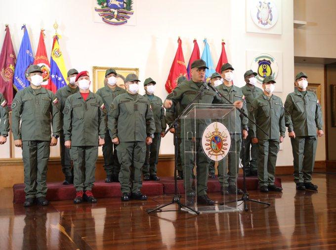 Conflicto Interno Colombiano - Página 10 Eui1jKRXMAEBS7B?format=jpg&name=small