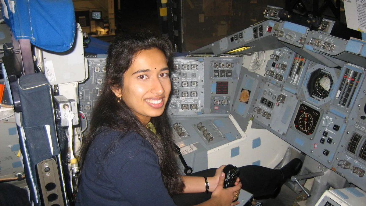 If you watched the Mars landing today, the voice you heard was @DrSwatiMohan. She immigrated to the US from India at age 1, was inspired by Star Trek at 9, then earned a B.S from Cornell in mechanical and aerospace engineering, and an M.S. and Ph.D from MIT in aeronautics.