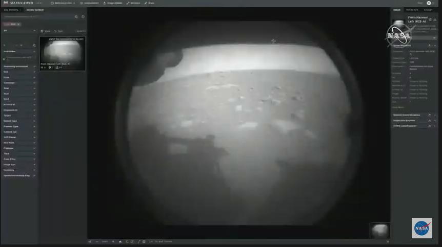 La primera imagen del rover #PerseveranceRover en Marte! Saben cuanto es el margen error para este tipo de aterrizaje? CERO! CERO! Por segunda vez lo lograron estos hdp! #CountdownToMars