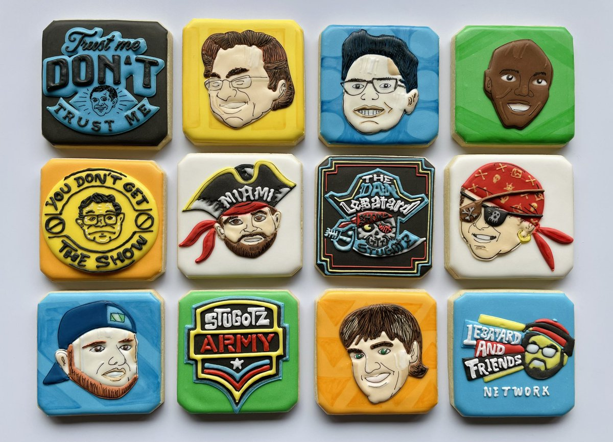 @LeBatardShow @Stugotz790 @MichaelRyanRuiz @billygil @roybelly @ChrisCoteDLPA @gregcote I've had this on my bucket list of cookie sets for a long time and finally found the time to do them! Set inspired by their studio art by @LeboArt