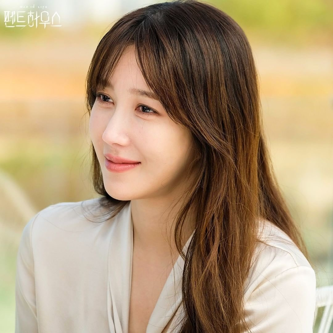 """kdrama tweets on Twitter: """"SBS was afraid of the viewers saying they won't  watch #Penthouse2 anymore if Lee Ji Ah will not show up 😆😆😆 They  excluded her from the script reading ("""