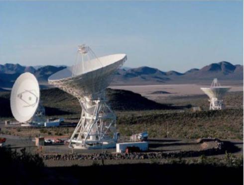 .@ESA_TGO 🛰 est entré en contact cette nuit pour la 1ère fois avec @NASAPersevere et a relayé des données télémétriques et des images vers la 🌍. Le rover communiquera tout au long de sa mission 4 à 6 fois/jour avec les sondes ESA et NASA en orbite autour de #Mars. #Mars2020