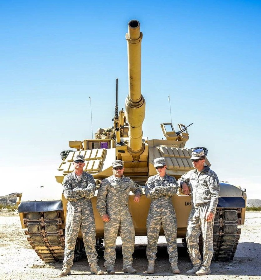 M1 Abrams Discussion Thread: - Page 6 EukzakzXYAE5D0U?format=jpg&name=900x900