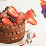 Image for the Tweet beginning: Let them eat cake 🍰🍫🍓