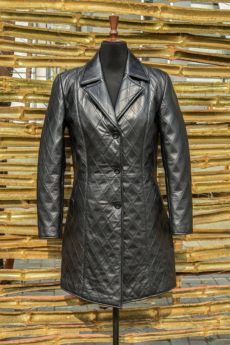 Women's Over Coat  #leather #gift #leatherwork #leathercraft #leatheraccessories #leatherbelt #leatherhat #leatherwallet #leathergoods #accessories  #trending #fashion #style #sale #shopping #ebayseller #ebay