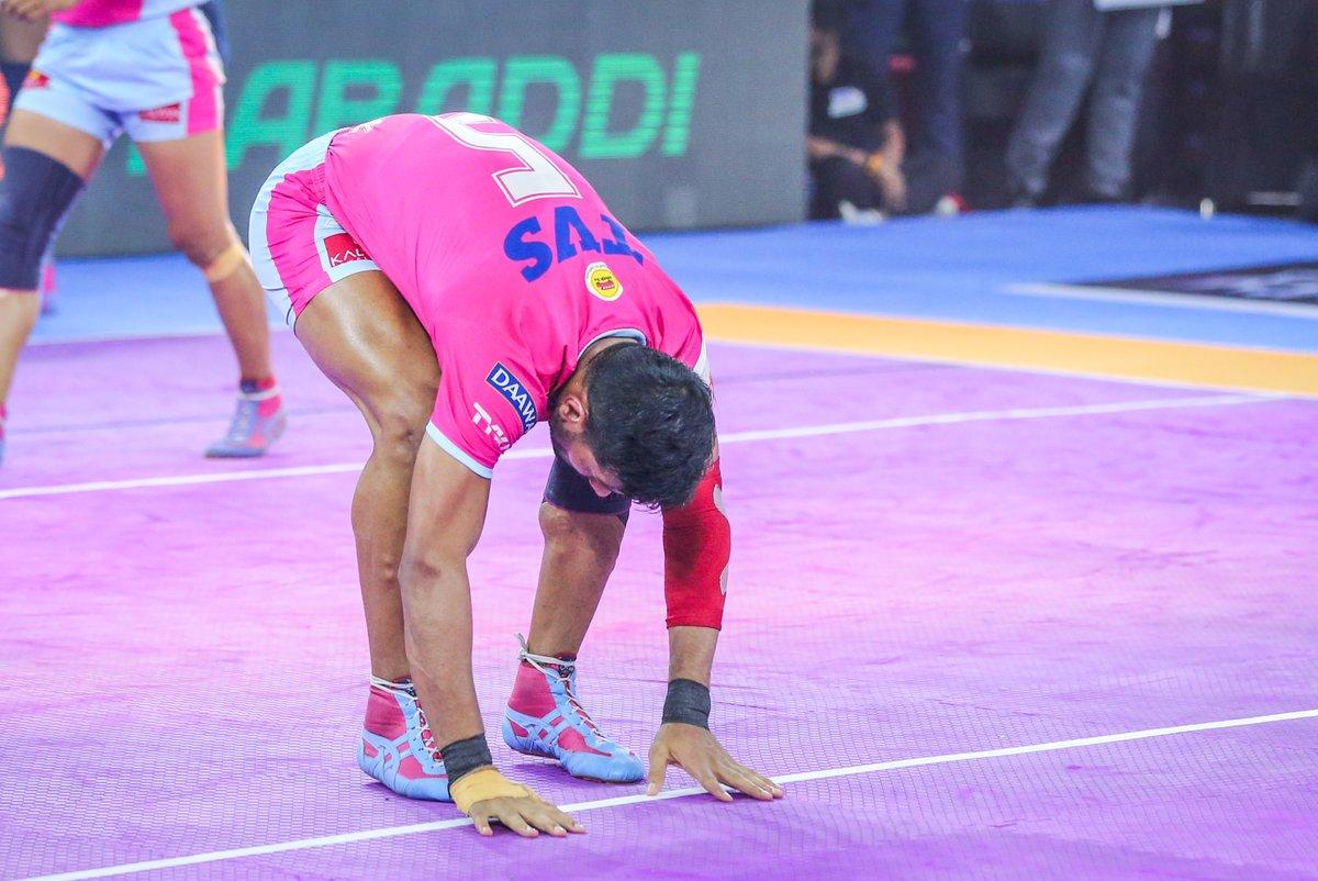 We respect the game, on and off the mat!  #PantherSquad #JaiHanuman #TopCats #JaipurPinkPanthers #JPP #Jaipur #vivoprokabaddi