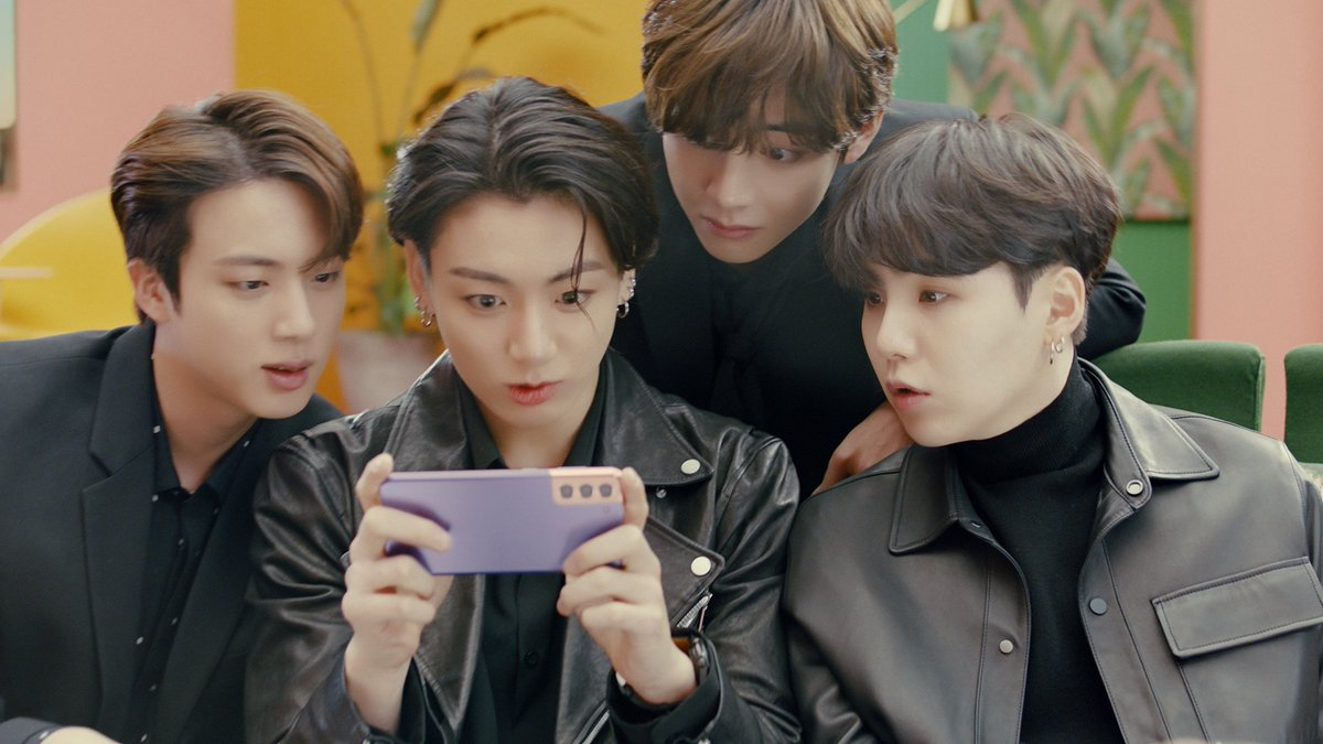 See how @BTS_twt captures perfect moments straight from video with #8KVideoSnap. #GalaxyS21 #GalaxyxBTS Learn more: