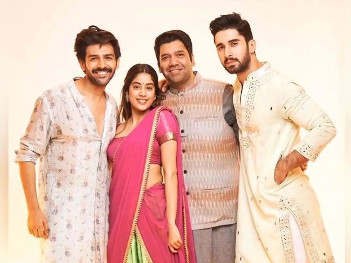 Waiting desperately to see this movie!! #Dostana2 #JanhviKapoor @TheAaryanKartik #Lakshya