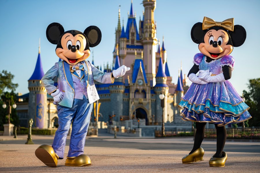 First look at Mickey and Minnie's outfits for Walt Disney World's 50th Anniversary: